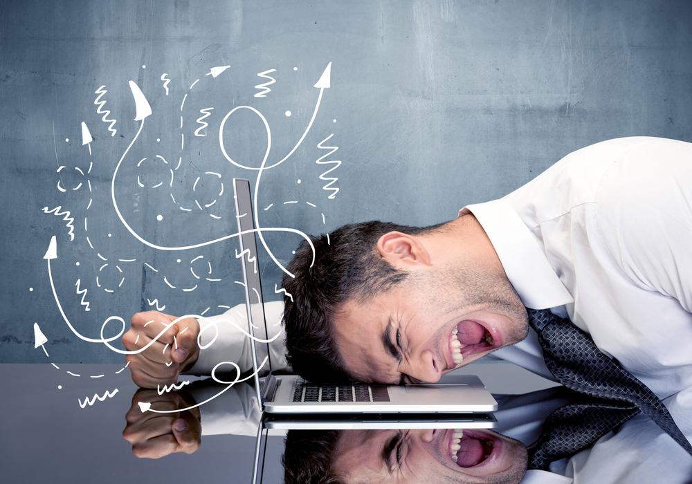 10 formas tontas de que se rompa tu computadora ¡No digas que no te avisamos!