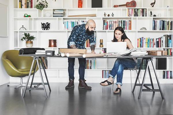 Las 5 Mejores Plataformas en Español para Teletrabajar desde Casa