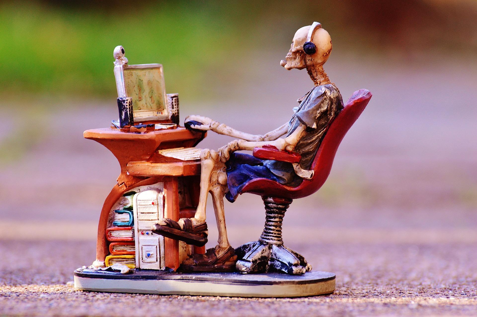 Evita el Sedentarismo usando Internet