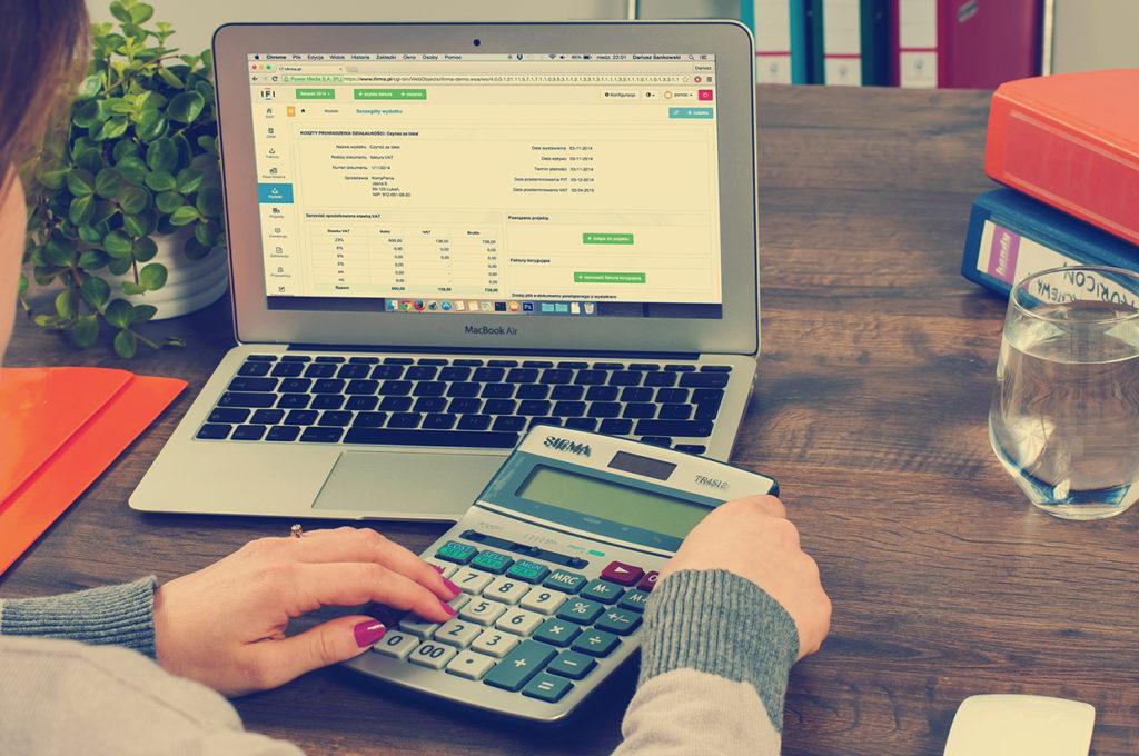 Método de pago a freelancers. Comisiones.